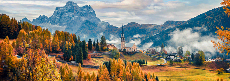 italy-dolomites-in-autumn-panorama