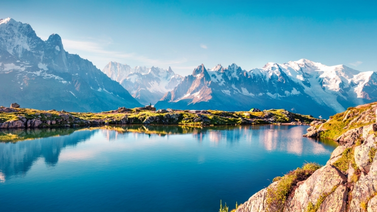 france-alps-lake-lac-blanc-hikes-mountains