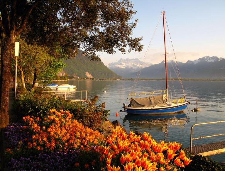 Switzerland by Train | Explore the Swiss Alps by Train | Interrail eu