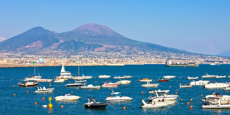 Ships in the bay of Naples | 24 hours in Naples