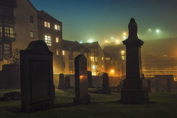 Sandemans Walking Tours | Dark Side in Edinburgh, Großbritannien