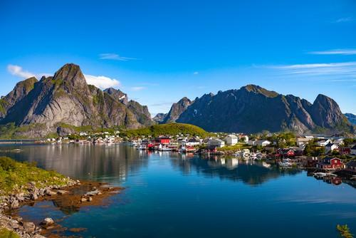 Isole Lofoten in estate