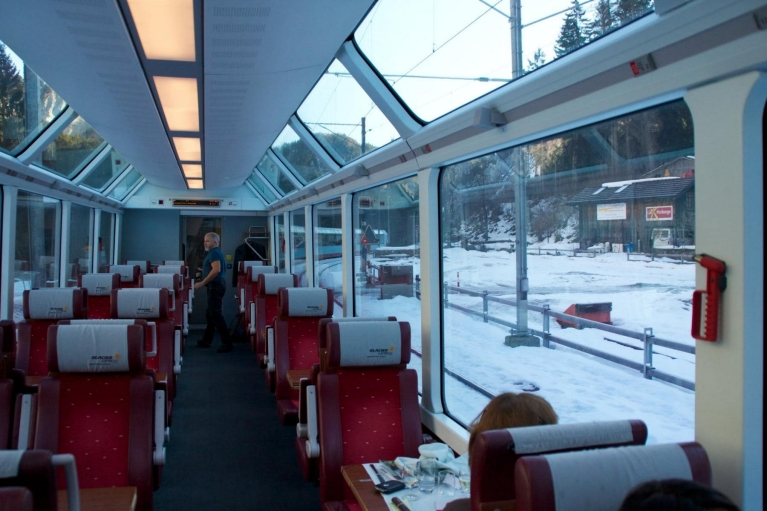 Panoramavensters in de Glacier Express