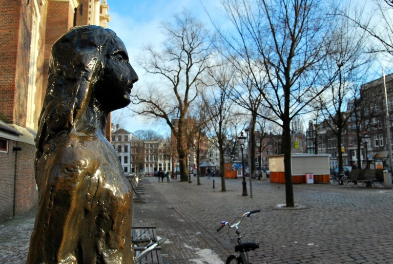 Statue of Anne Frank, Amsterdam