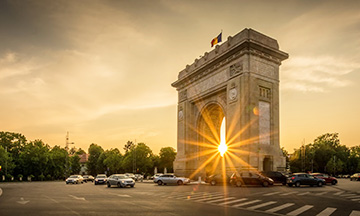 romania-bucharest-arc-de-triomphe-at-sunset